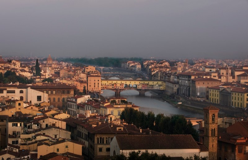 Florence-2008_SunriseOverCity-ABenvenuto